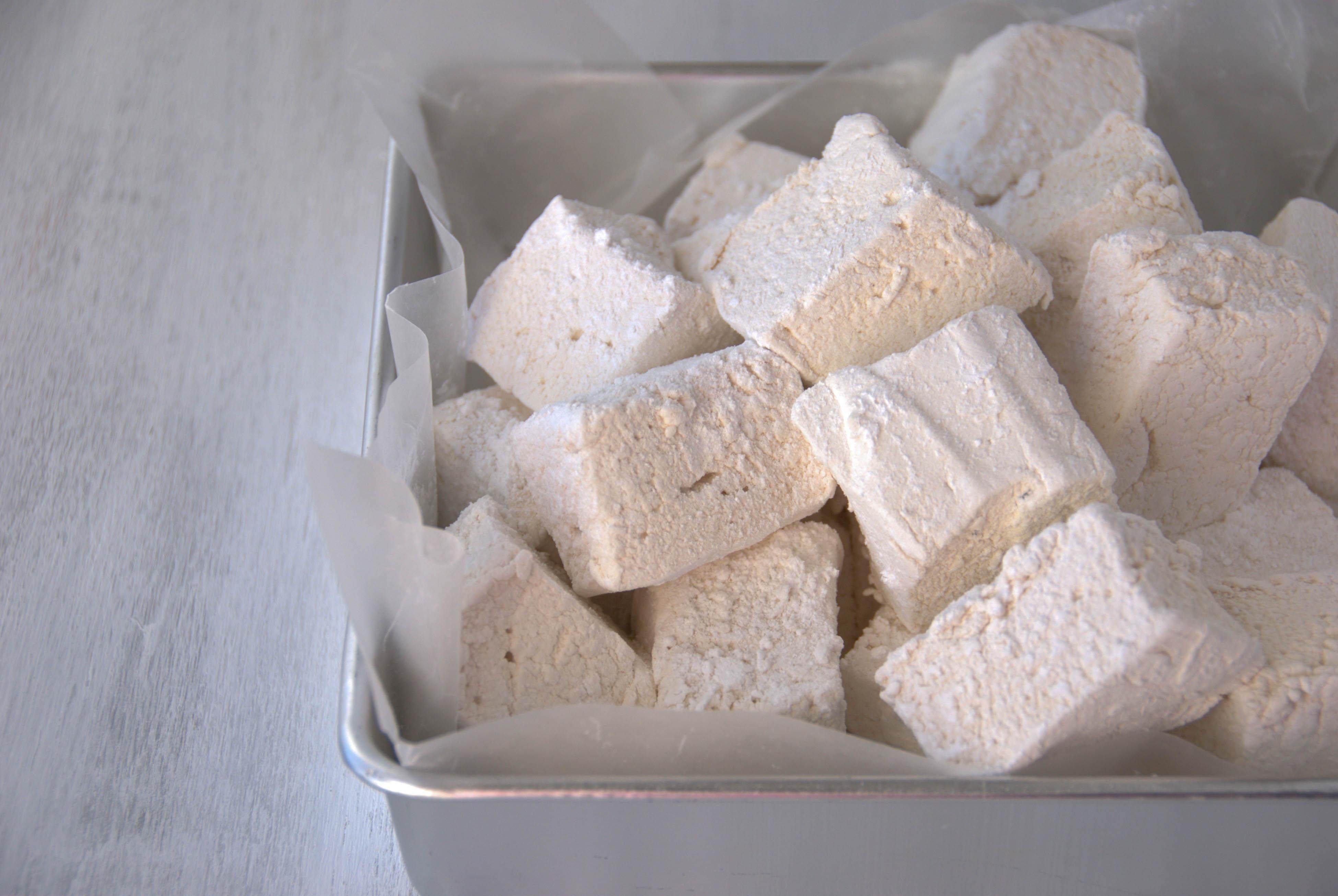 Homemade Honey Vanilla Marshmallows