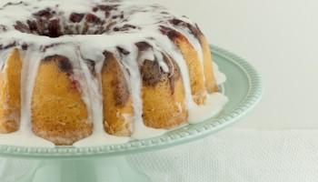 Cranberry Upside Down Streusel Bundt Cake PineappleandCoconut.com
