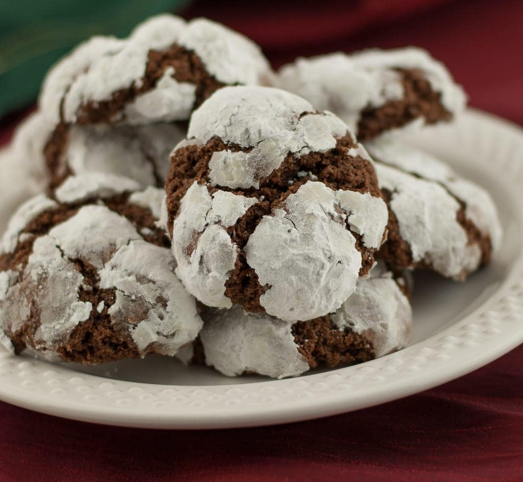 Gluten Free Chocolate Crinkle Cookies PineappleandCoconut.com