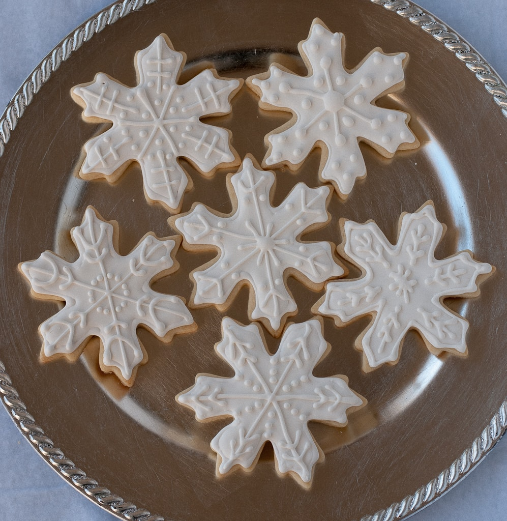 Snowflake Sugar cookies for #bloggersforsandyhook pineappleandcoconut (1)