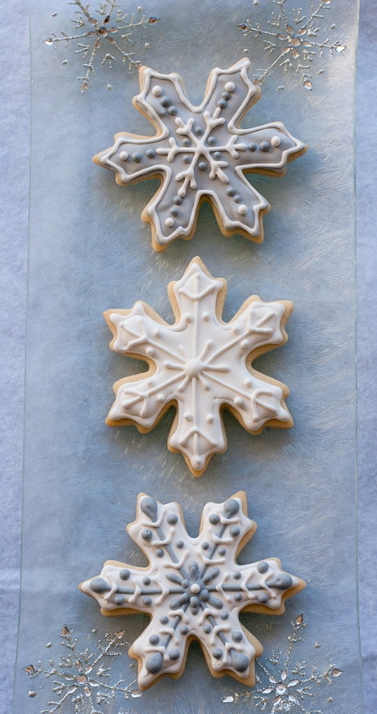 Snowflake Sugar cookies for #bloggersforsandyhook pineappleandcoconut (2)