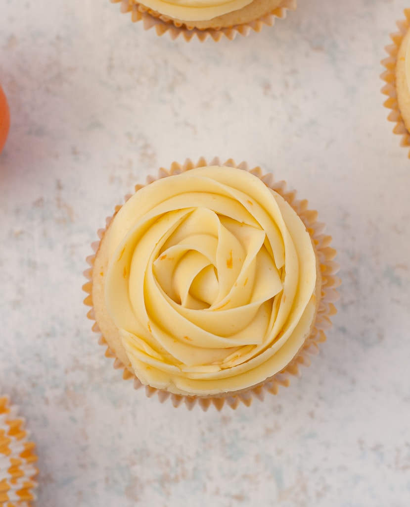 Cuties Clementine Cupcakes Via PineappleandCoconut.com