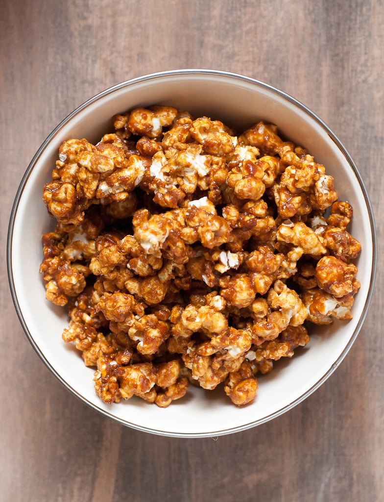 Vanilla Honey Salted Caramel Popcorn PineappleandCoconut.com