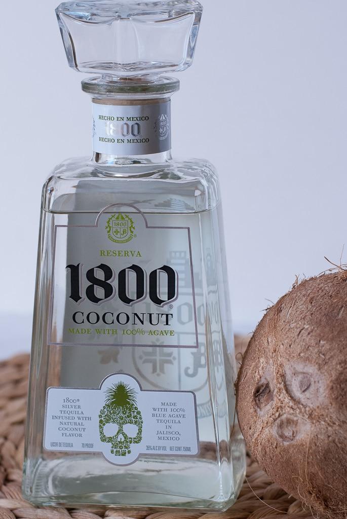 Coconut Lemongrass Margarita PineappleandCoconut.com #cincodemayo #1800coconut