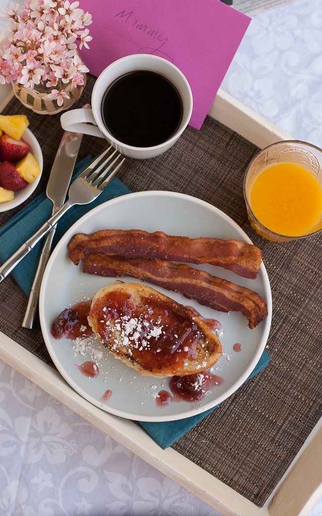 Lemon Curd Mascarpone Stuffed Vanilla Bean French Toast #WorldMarket #Myamazingmom #mother'sday PineappleandCoconut.com