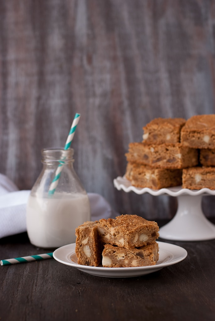 Pina Colada Blondies pinacocallthethings PineappleandCoconut 6 Brown Butter Piña Colada Blondies