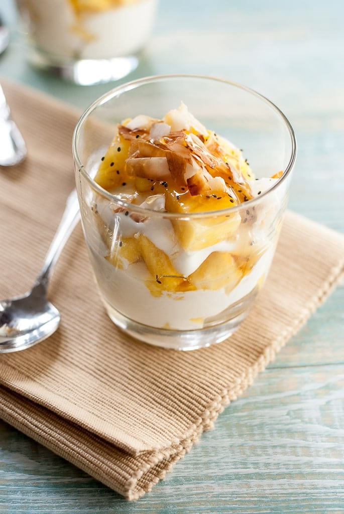 Pina Colada Yogurt Parfait Pineappleandcoconut.com #pineapple #coconut #healthy
