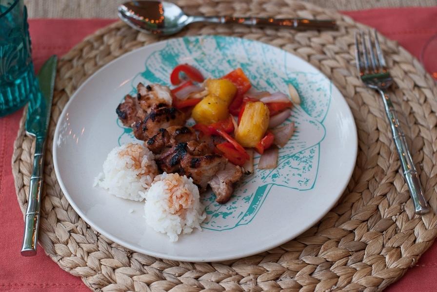 Backyard Aloha Family Picnic #SummerFun with World Market And 3 New Recipes www.pineappleandcoconut.com (23)