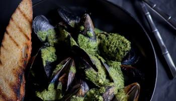 Cilantro Pesto Mussels-3470