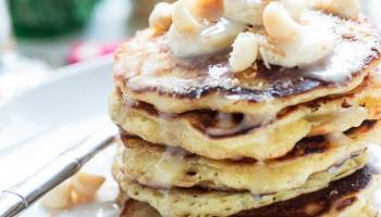 Coconut Mac Nut Pancakes-5609