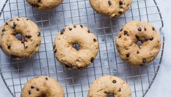 Peanut Butter Banana Chocolate Chip Doughnuts-7718