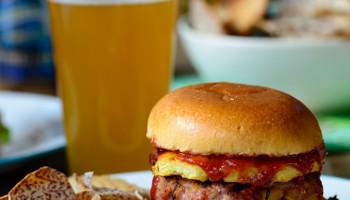 Epic Hawaiian Burger-2534