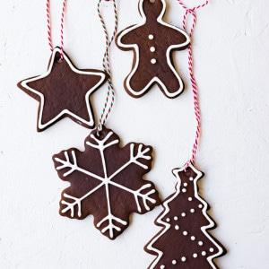 German Lebkuchen Cookies (Honey Molasses Gingerbread) for Cost Plus World Market www.pineappleandcoconut.com