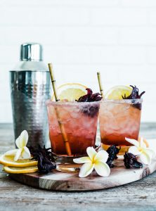 Sparkling Spiced Hibiscus Cocktail www.pineappleandcoconut.com