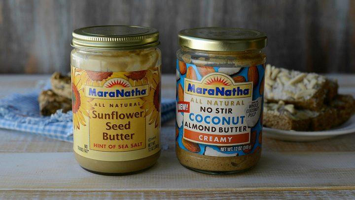 No Bake Oatmeal Breakfast Bars - Two ways