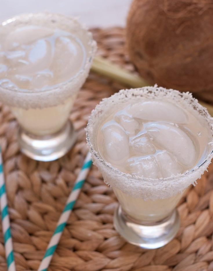 Coconut Lemongrass Margarita PineappleandCoconut.com cincodemayo 1800coconut 7