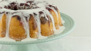 Upside Down Cranberry Bundt Cake with Cinnamon Streusel