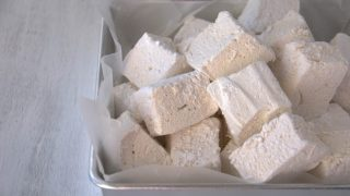 Homemade Honey Vanilla Marshmallows