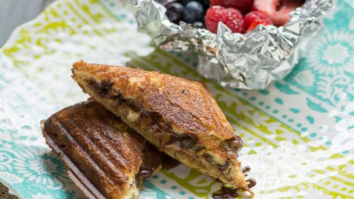 Summertime Brunch Grilled Hobo Pies and Berries with Red Wine Syrup #SummerGetaway