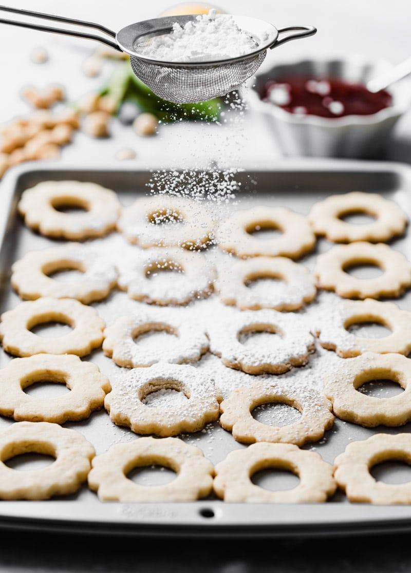 Guava Macadamia Nut Linzer Cookies www.pineappleandcoconut.com