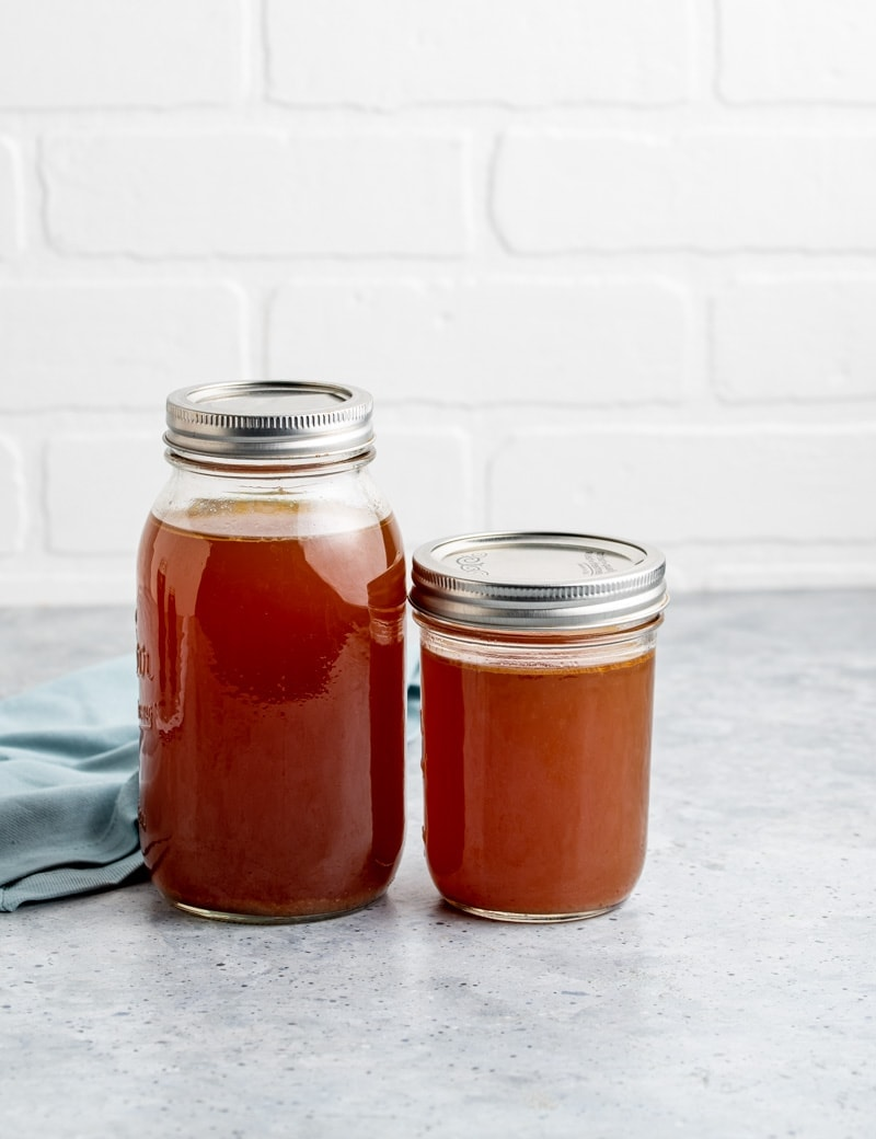 Instant Pot Smoky Chicken Stock Recipe www.pineappleandcoconut.com