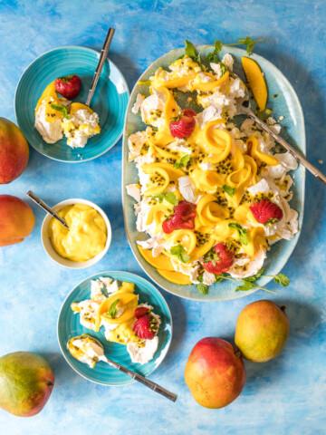 Mango Smashed Pavlova with Mango Curd and Passion Fruit 1 2